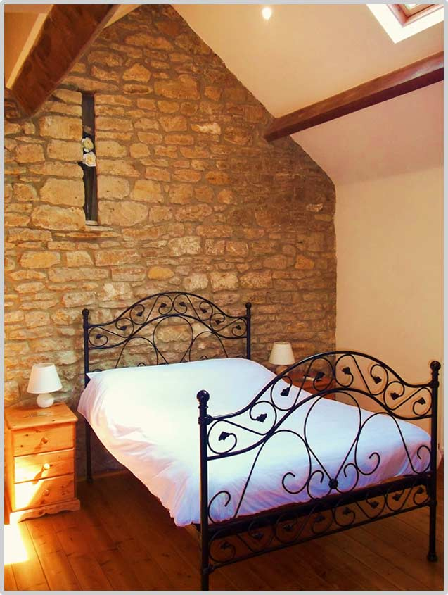 double bedroom in this holiday cottage near Bath